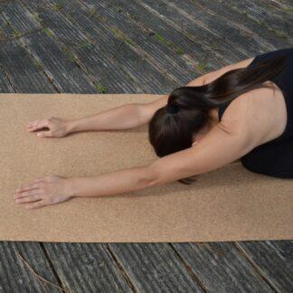 Yogamatta i naturkork med baksida i EPDM